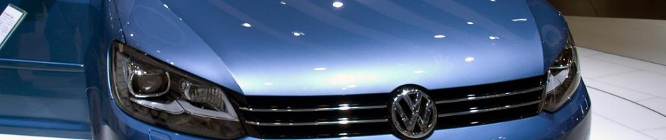 Jetzt den VW Touran Neuwagen mit Rabatt günstig kaufen!